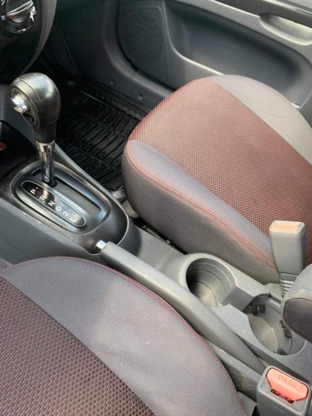Kia Rio 2011 price $4,250