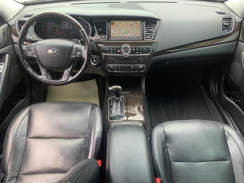 Kia Cadenza 2014 price $8,990