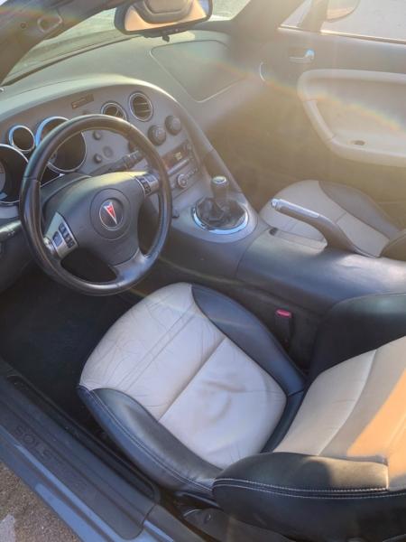 Pontiac Solstice 2008 price $4,900