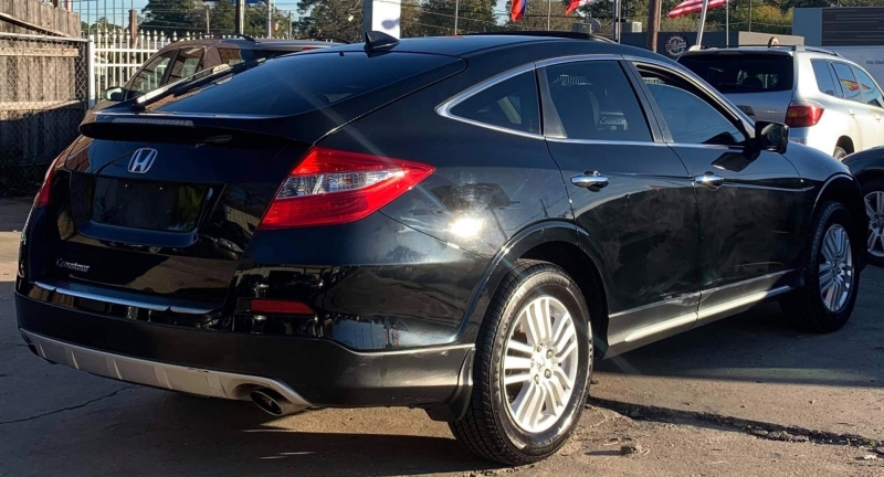 Honda Crosstour 2013 price $8,895