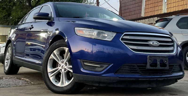 Ford Taurus 2013 price $7,990