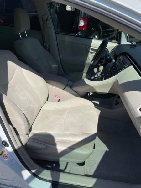 Toyota Prius 2010 price $3,995
