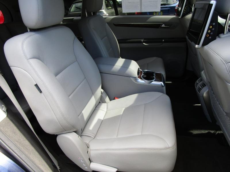 Mercedes-Benz R-Class 2012 price $14,485