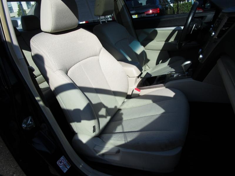 Subaru Legacy 2012 price $5,485