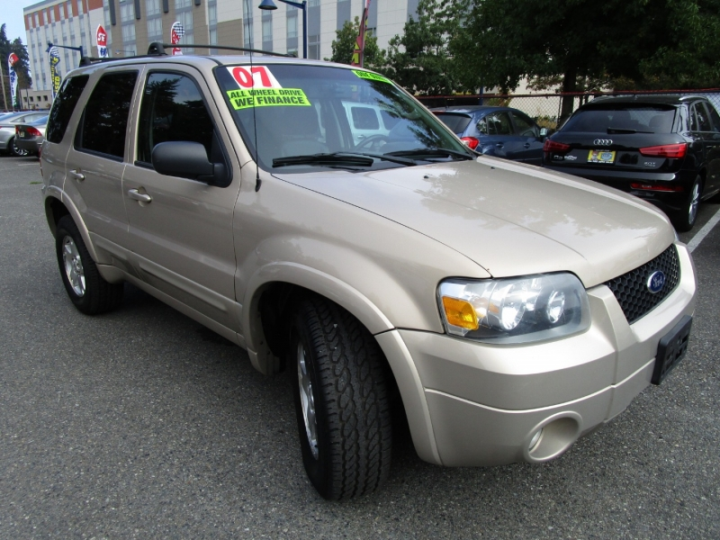 Ford Escape 2007 price $3,985