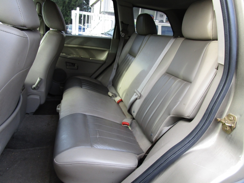Jeep Grand Cherokee 2006 price $1,985