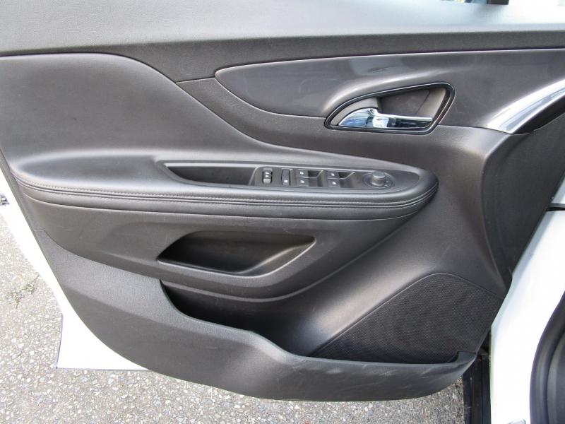 Buick Encore 2019 price $16,485