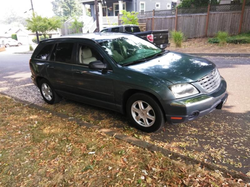 Chrysler Pacifica 2005 price $3,995