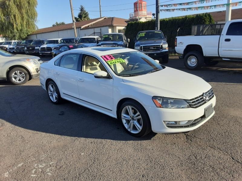 Volkswagen Passat 2013 price $10,777