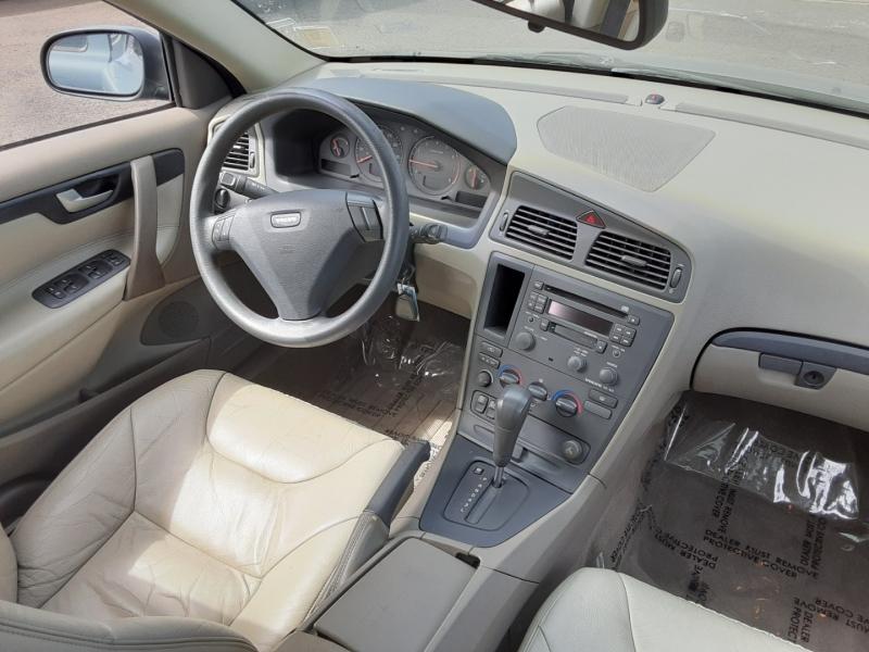 Volvo S 60 2001 price $4,995