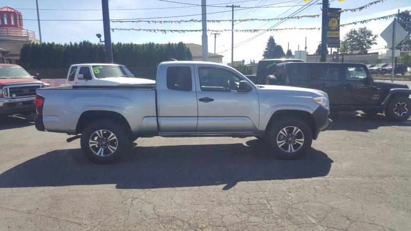 Toyota Tacoma 2019 price $24,995