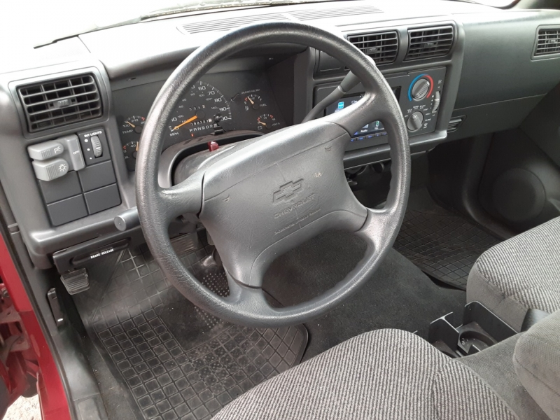 Chevrolet S-10 1995 price $4,995