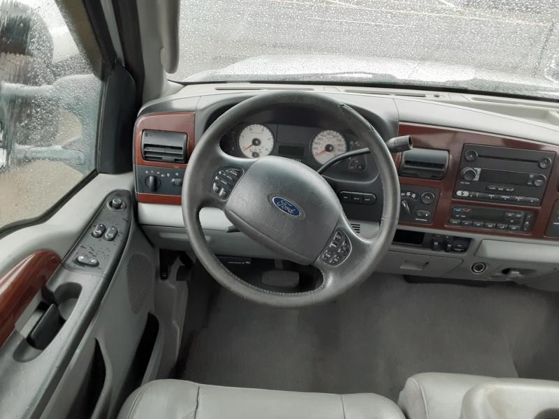 Ford Super Duty F-350 SRW 2006 price $17,995