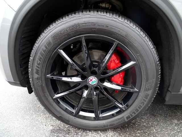 Alfa Romeo Stelvio 2018 price $26,900