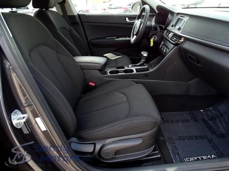 Kia Optima 2017 price $14,900