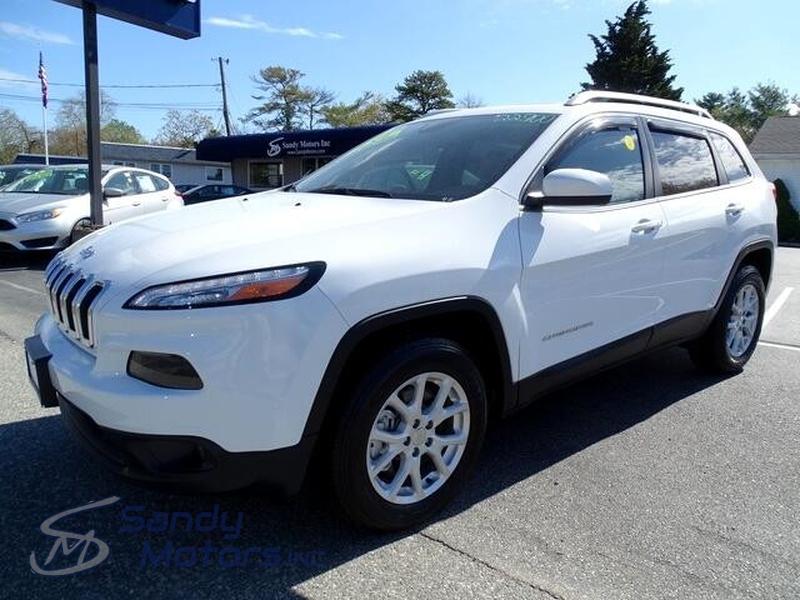 Jeep Cherokee 2018 price $22,900