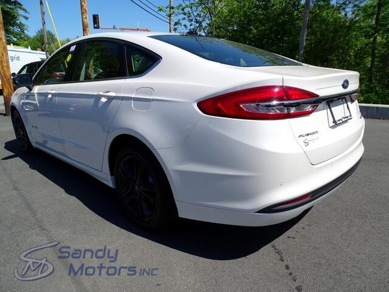 Ford Fusion Hybrid 2018 price $17,900