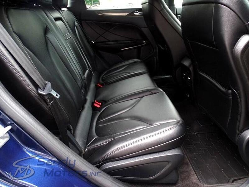 Lincoln MKC 2017 price $17,900