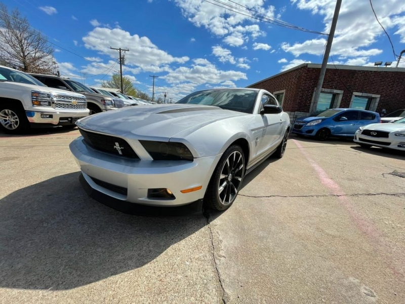 Ford Mustang 2012 price $9,777 Cash