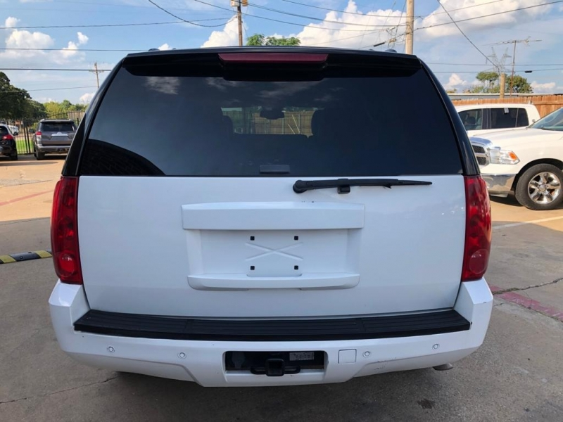 GMC Yukon 2008 price $8,550 Cash