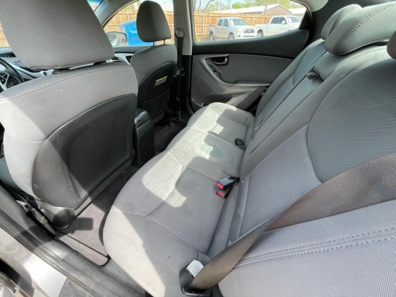 Hyundai Elantra 2011 price $5,777 Cash