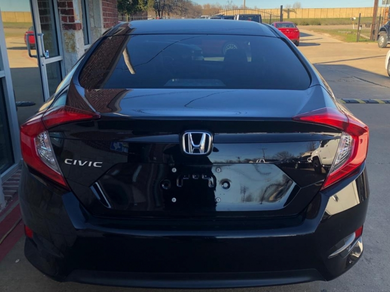 Honda Civic Sedan 2017 price $13,977 Cash