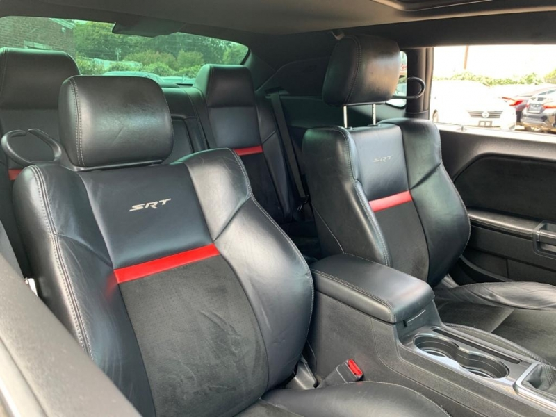 Dodge Challenger 2009 price $14,777