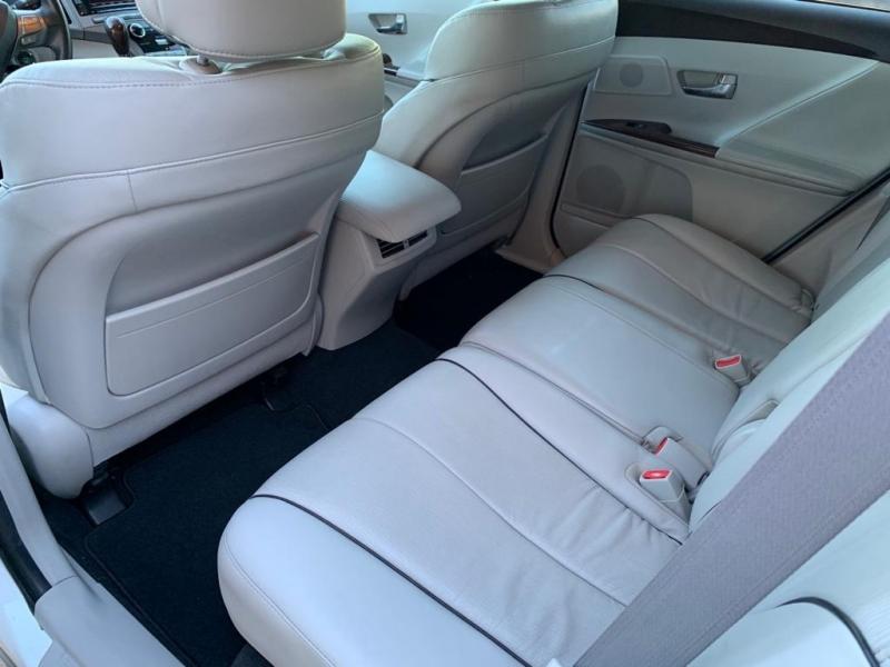 Toyota Venza 2010 price $12,577