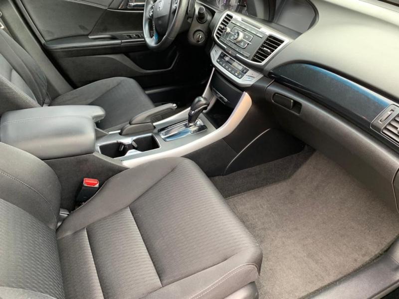 Honda Accord Sdn 2013 price $9,500