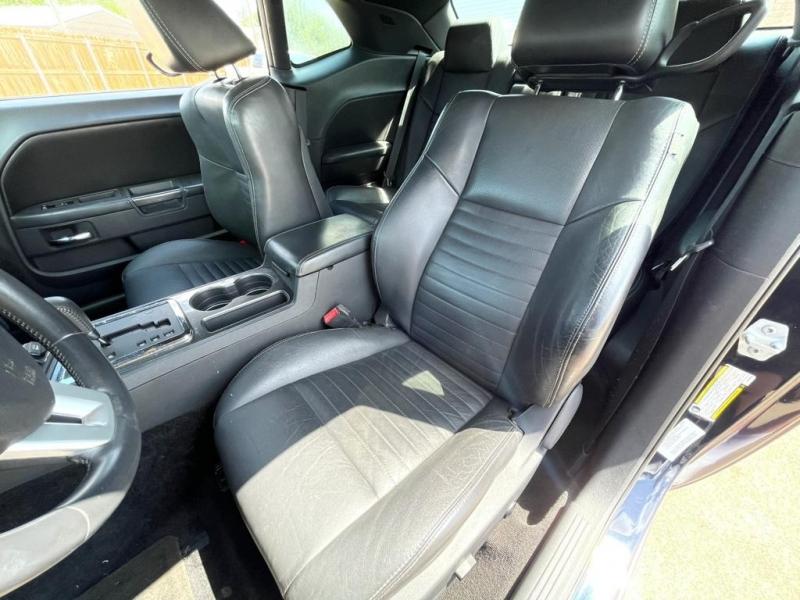 Dodge Challenger 2012 price $12,977