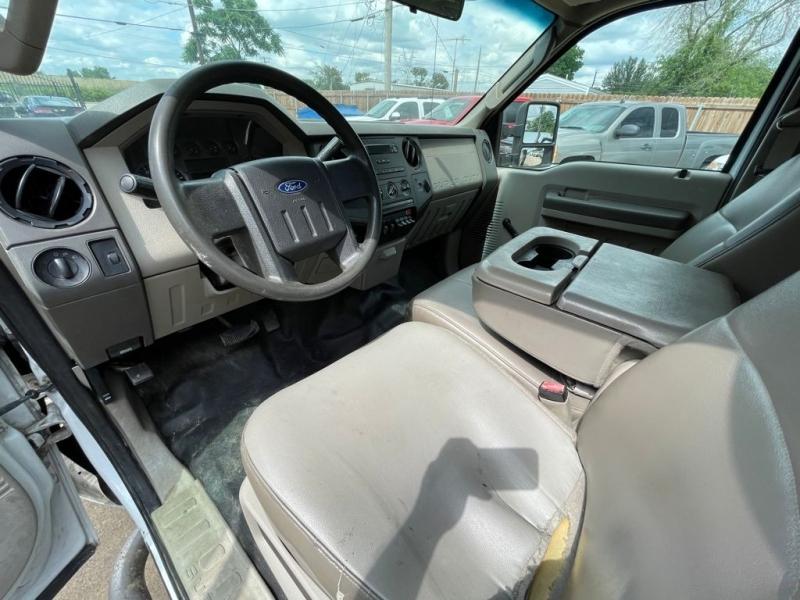 Ford Super Duty F-350 DRW 2008 price $10,777