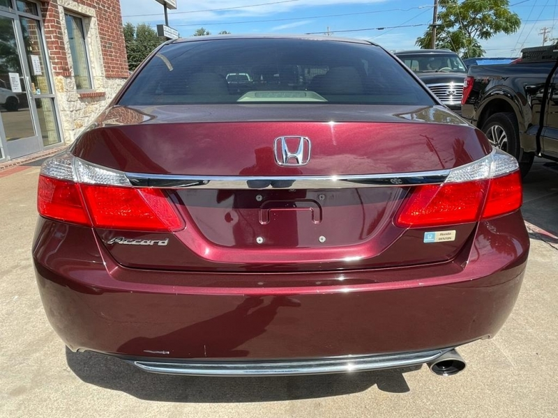 Honda Accord Sedan 2014 price $13,777