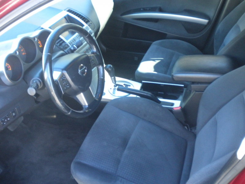Nissan Maxima 2006 price $2,500 Cash