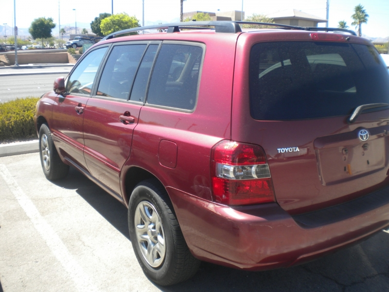 Toyota Highlander 2006 price $3,800 Cash