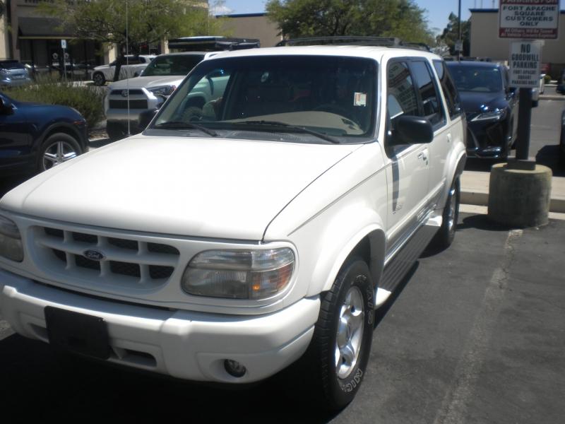Ford Explorer 2000 price $3,500 Cash