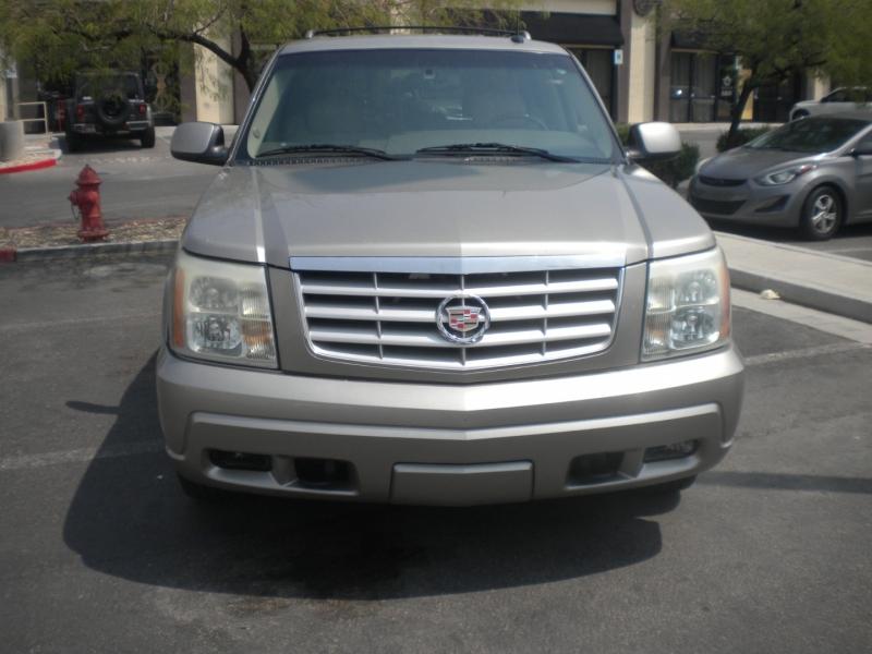 Cadillac Escalade 2003 price $5,800 Cash