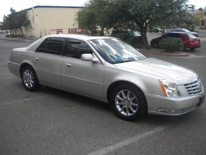 Cadillac DTS 2010 price $8,800 Cash