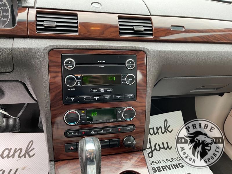 Ford Taurus 2009 price $7,999
