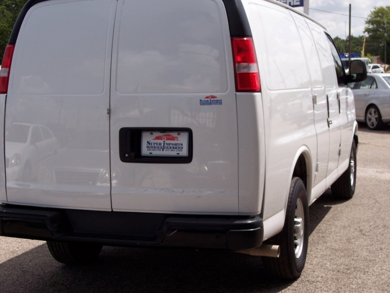 Chevrolet Express Cargo Van 2019 price $24,550 Cash