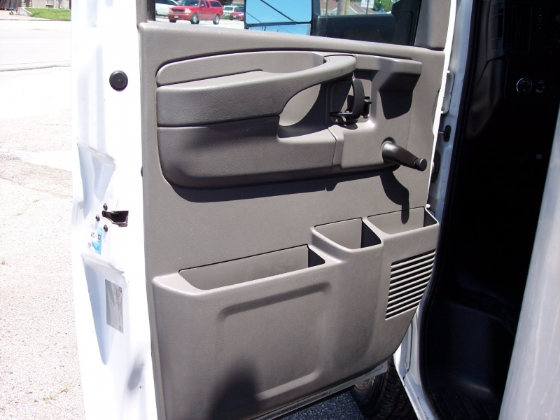 Chevrolet Express Commercial Cutaway 2015 price $16,595