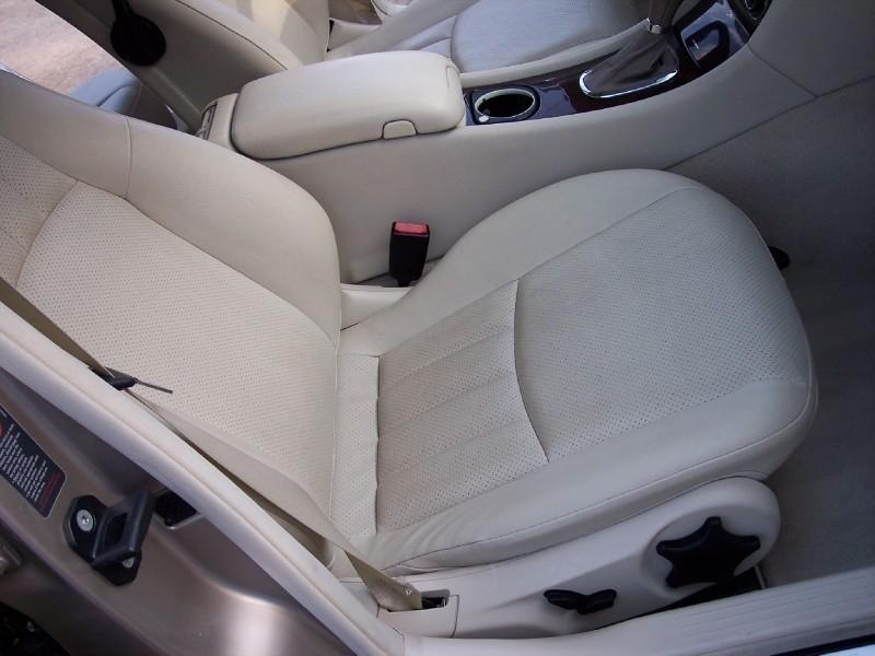 Mercedes-Benz C-Class 2005 price $7,995 Cash