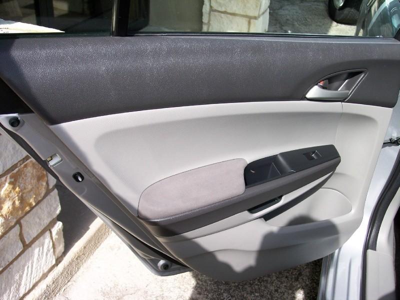 Honda Accord Sdn 2010 price $10,500 Cash