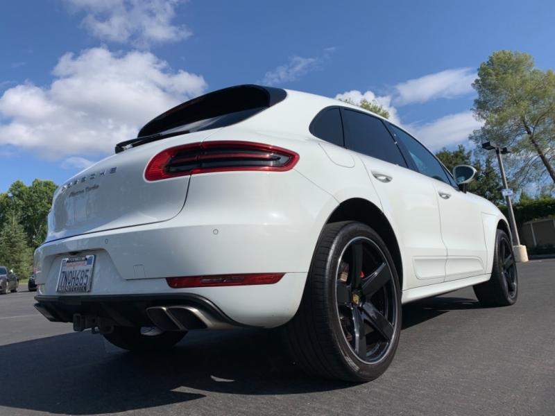 Porsche Macan Turbo 2016 price $42,900