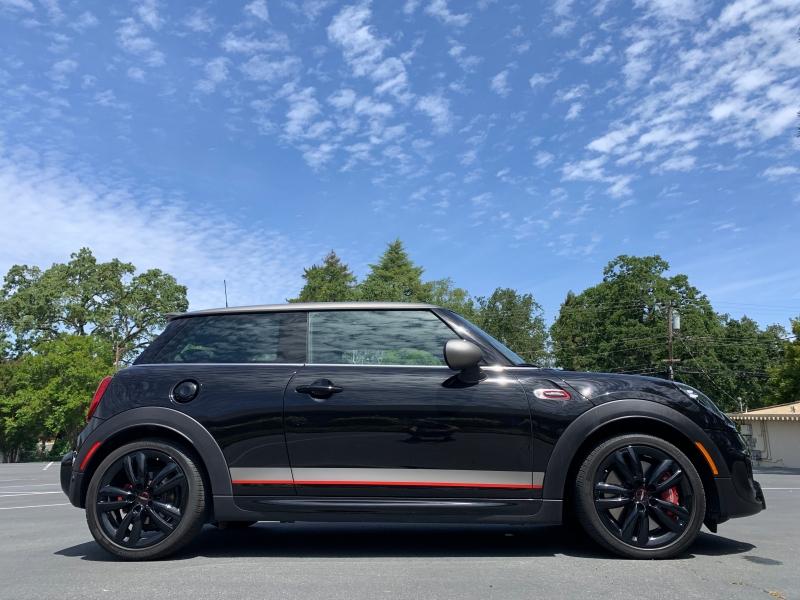 Mini Cooper Hardtop 2019 price $31,900