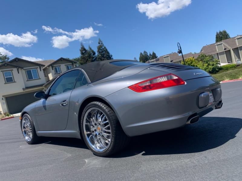 Porsche 911 2006 price $34,900