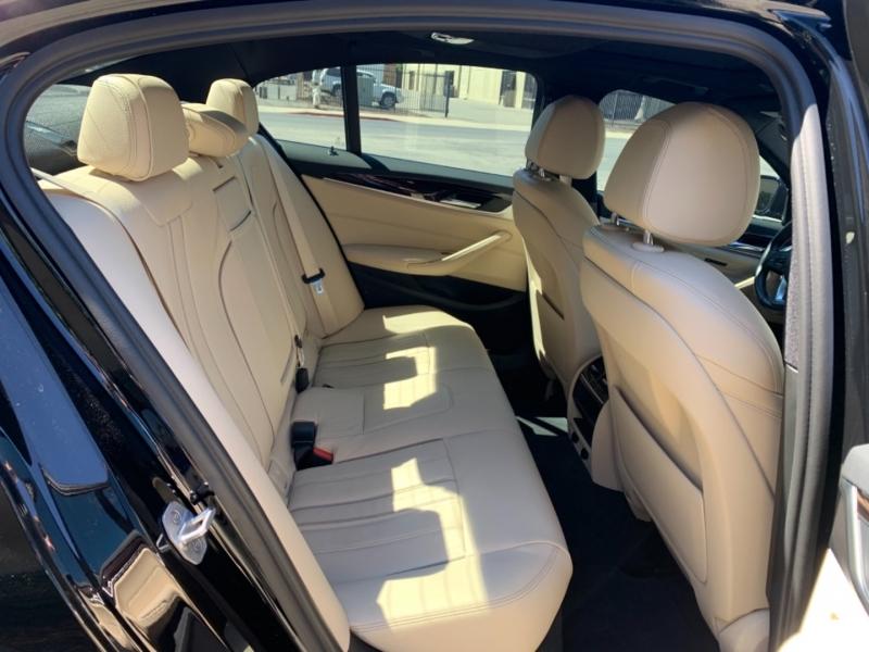 BMW 5-Series 2017 price $31,900