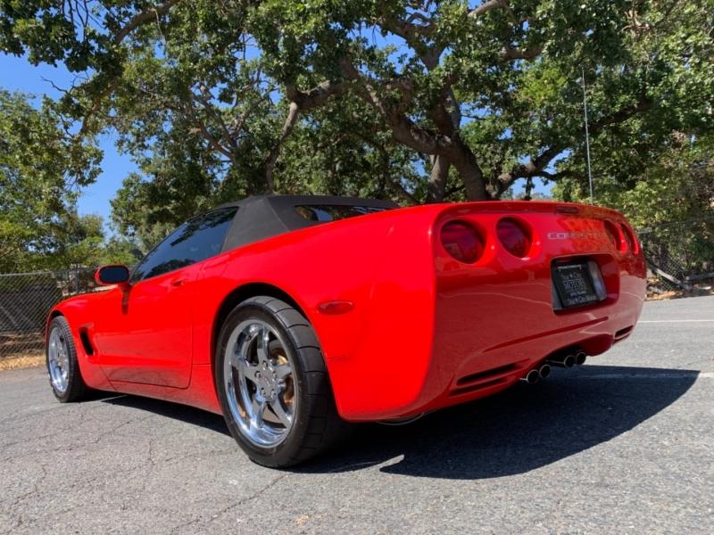 Chevrolet Corvette 2001 price $24,900