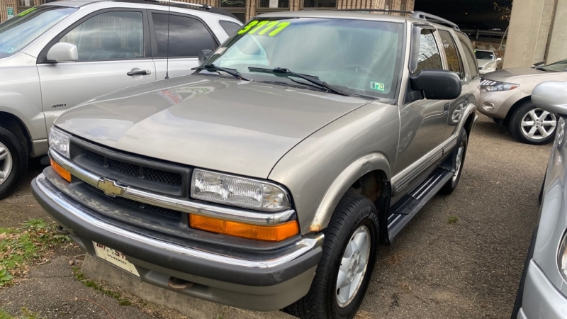 CHEVROLET BLAZER 2000 price $3,495