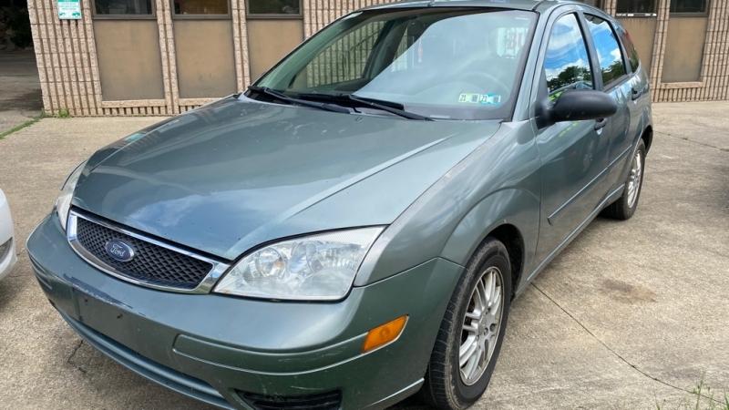 FORD FOCUS 2005 price $2,800