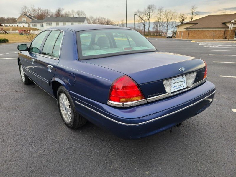 FORD CROWN VICTORIA 2003 price $5,900
